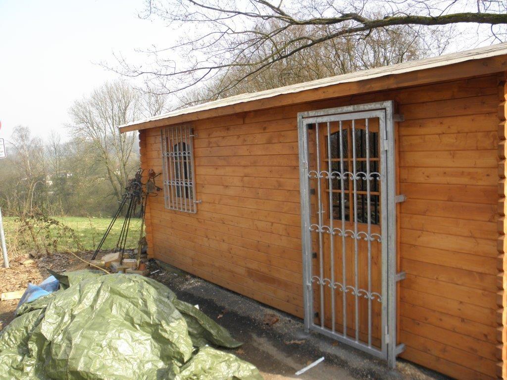 Fenster und Tür Schutz mit Ranken - Schmiede und Schlosserei Wegmann aus Heiligenhaus